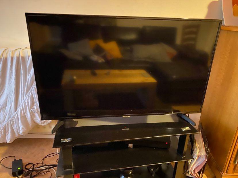 Télévision Samsung 28 pouces