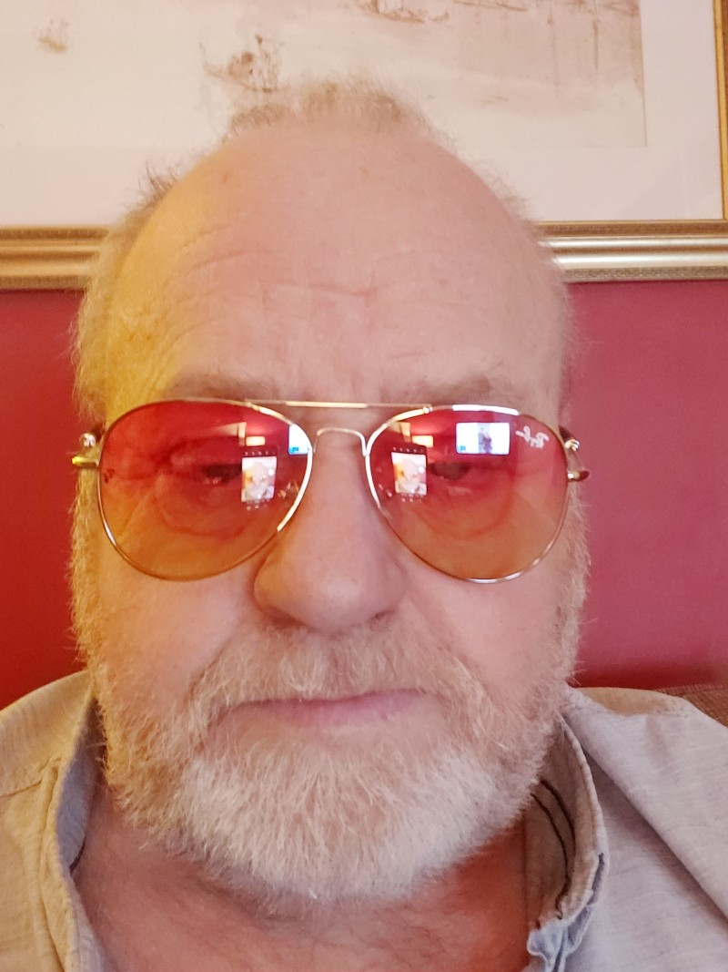 Lynne's profile picture