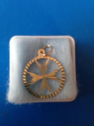 New gold plated Maltese cross pendant