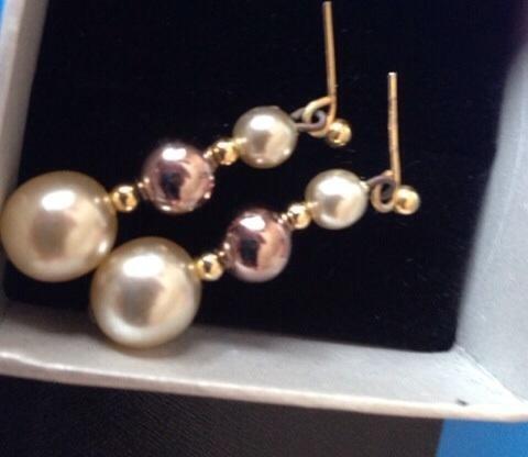 Pretty pearl drop earrings