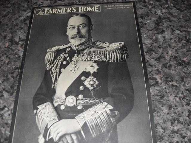 THE FARMERS HOME MAGS FROM 1930s 25 mags plus binder