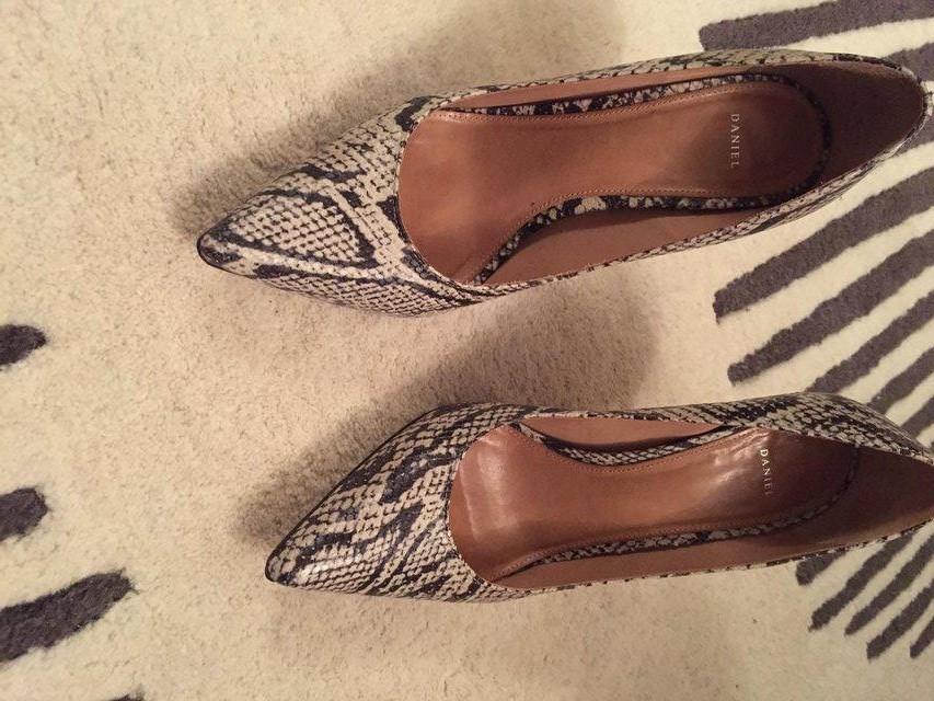 Daniel ladies snakeskin leather shoes