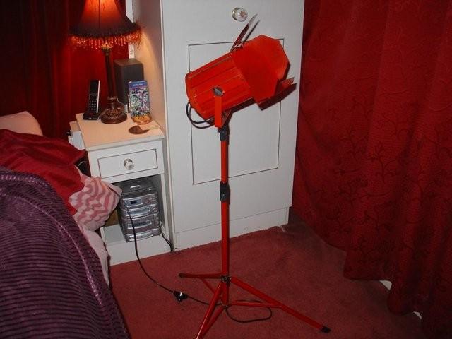 Photo Flood Light, replica in Red with 'barn door' shutters