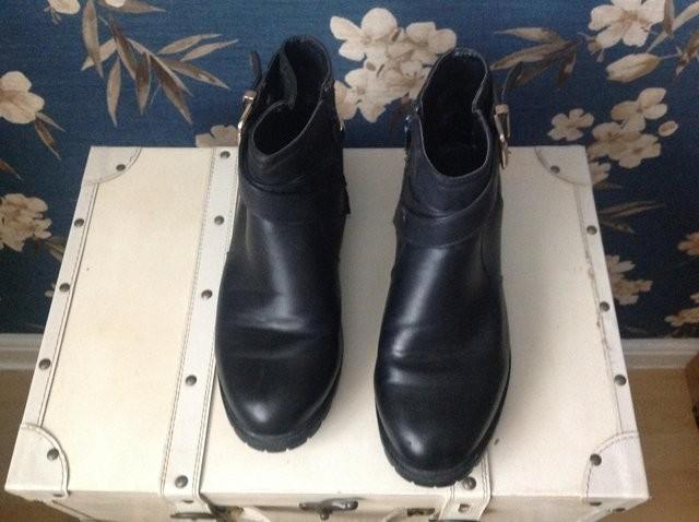 Ladie boots