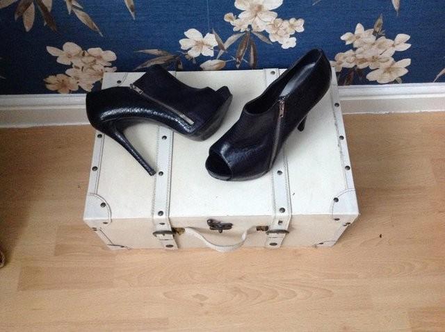 RiverIsland shoes