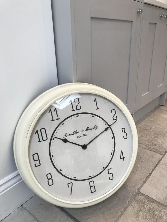 Large cream clock brand new