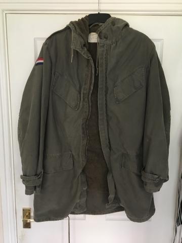 Very warm Dutch army coat genuine !