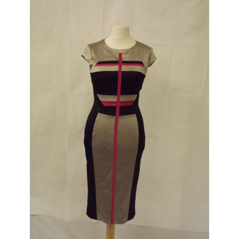 l dress striped fitted gold black pink Size: 14