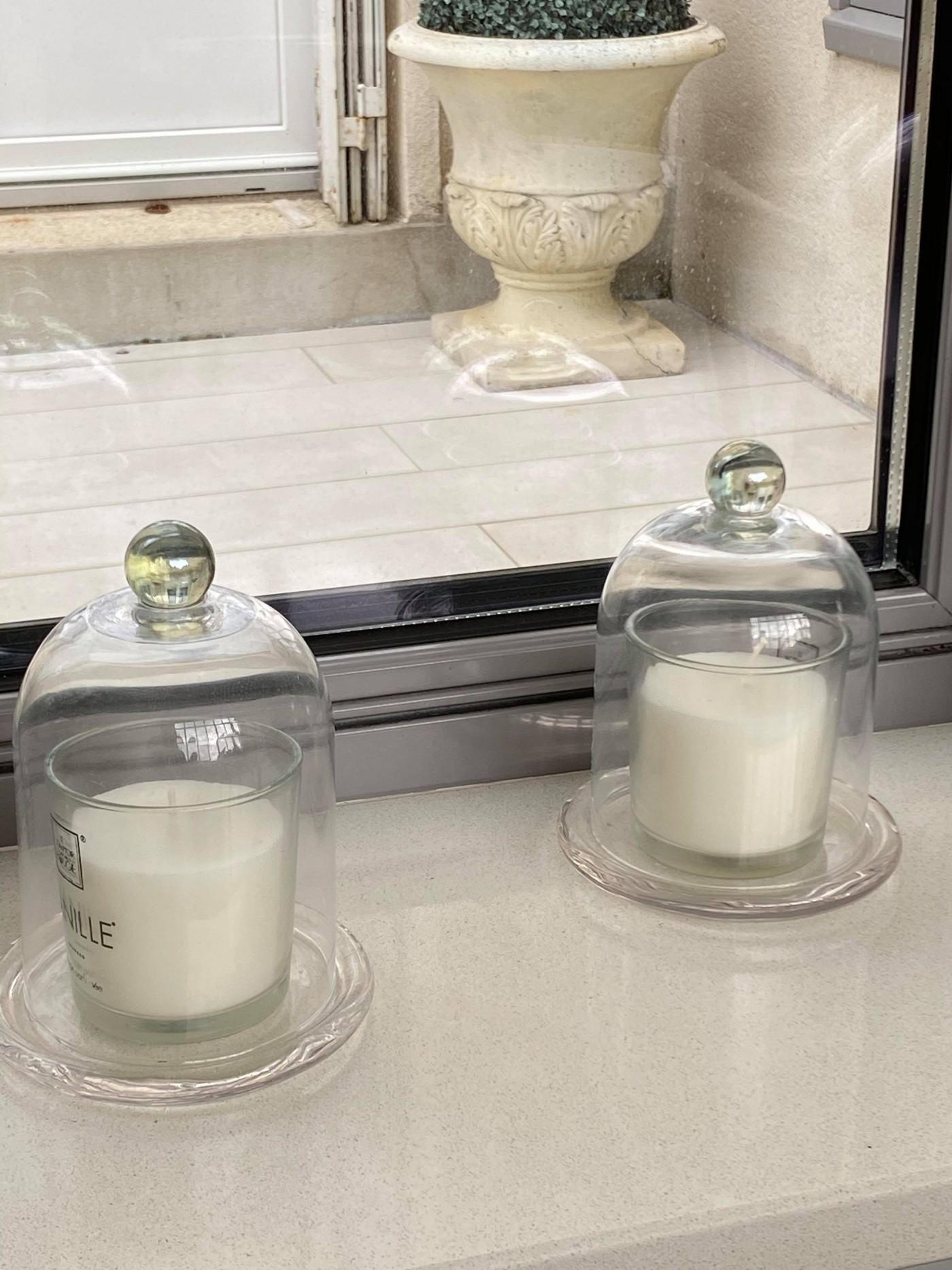 Deux cloches en verre pour bougie