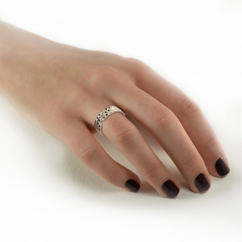 Adjustable Dainty Ring with Black Spinel in Sterling Silver 2
