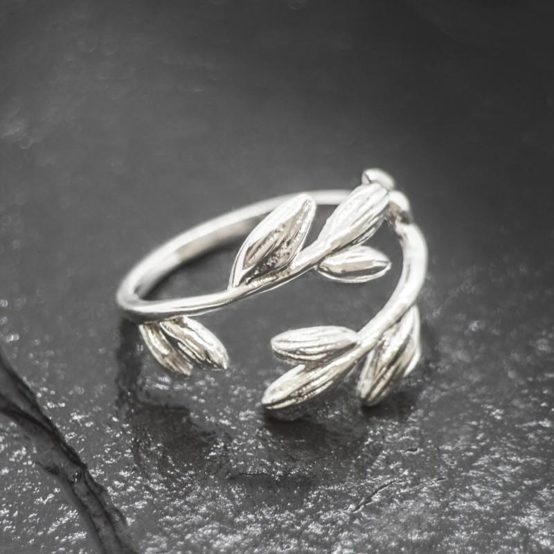 Adjustable Leaf Ring in Sterling Silver