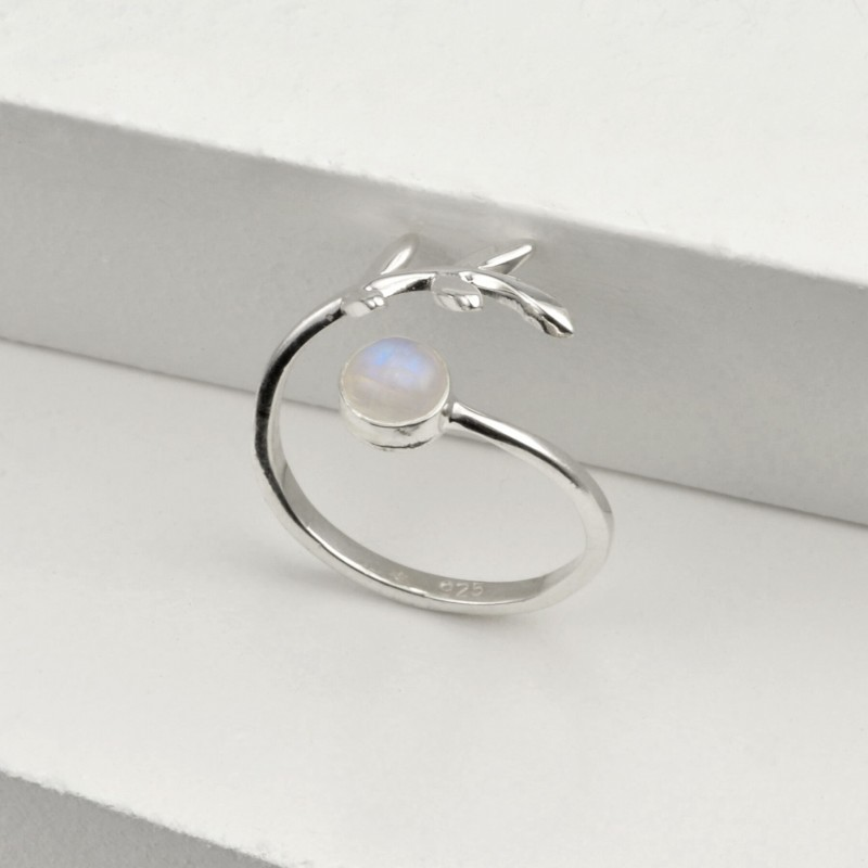 Adjustable Moonstone and Leaves Ring in Sterling Silver