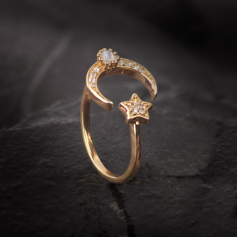 Adjustable ring with Star and Moon in Gold Vermeil with CZ and Moonstone