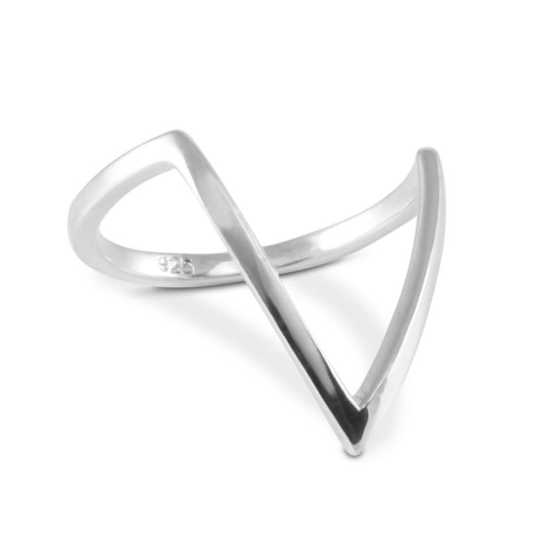 Angular Ring / V Ring in Sterling Silver
