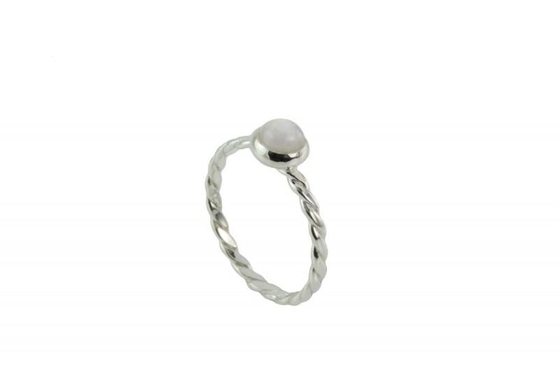June Birthstone Silver Ring – Moonstone Gemstone
