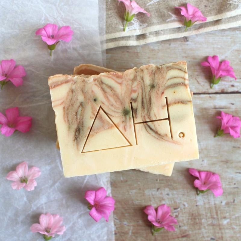 Geranium & pink clay soap 4