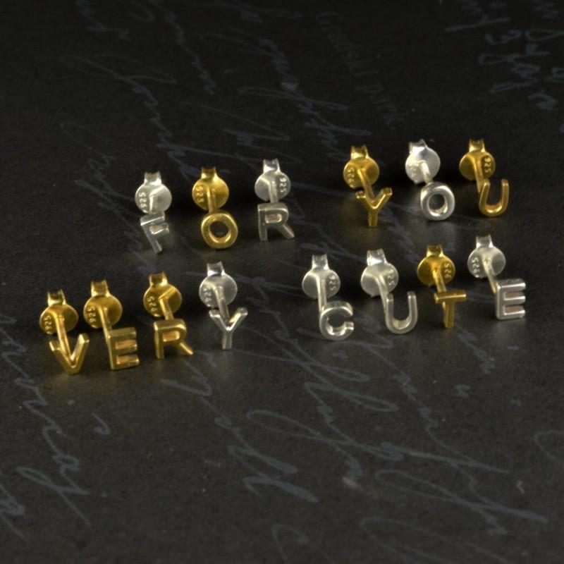 Initial studs/Alphabet studs in Gold Vermeil 3