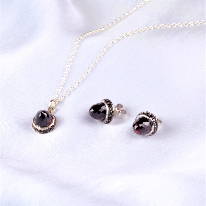 Istanbul Night Garnet and Black Spinel Jewellery Set in Sterling Silver