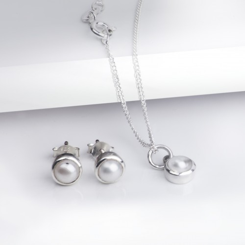 June Birthstone Jewellery Set in Pearls - Studs and Pendant Necklace