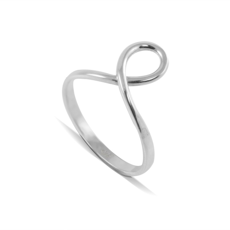 Knot Ring in Sterling Silver