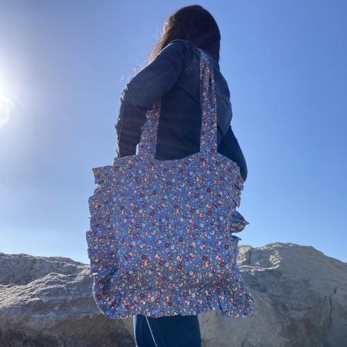 Ditsy Printed Large Ruffle Bag