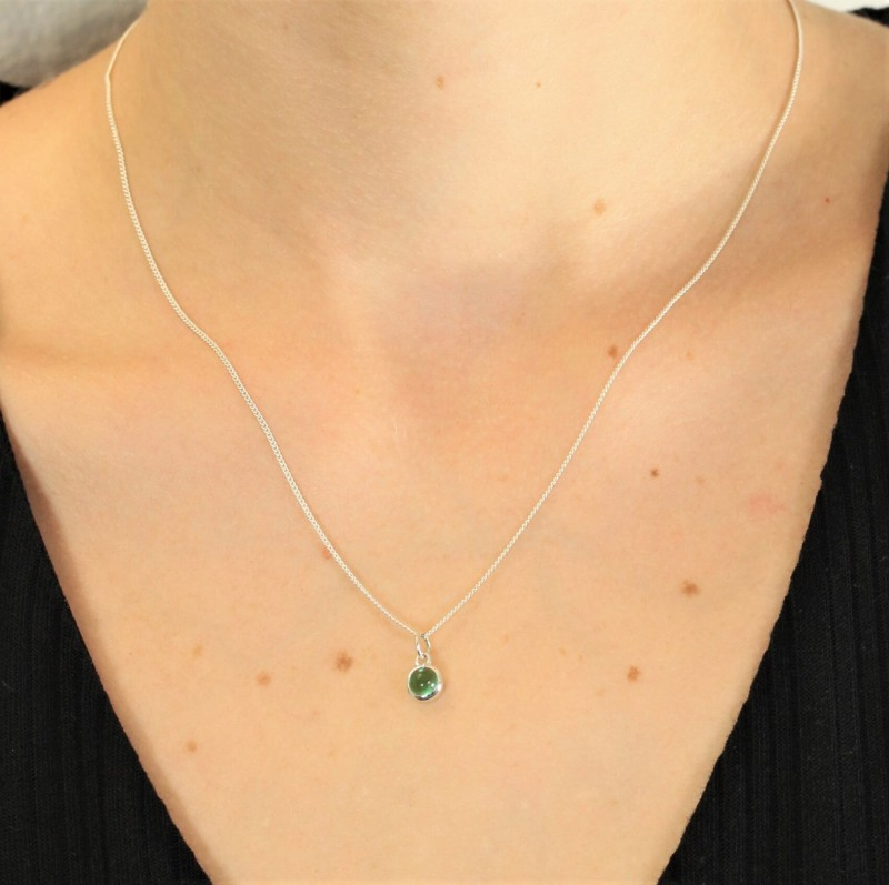 May Birthstone Jewellery Set in Emerald Gemstone - Studs and Pendant Necklace 2