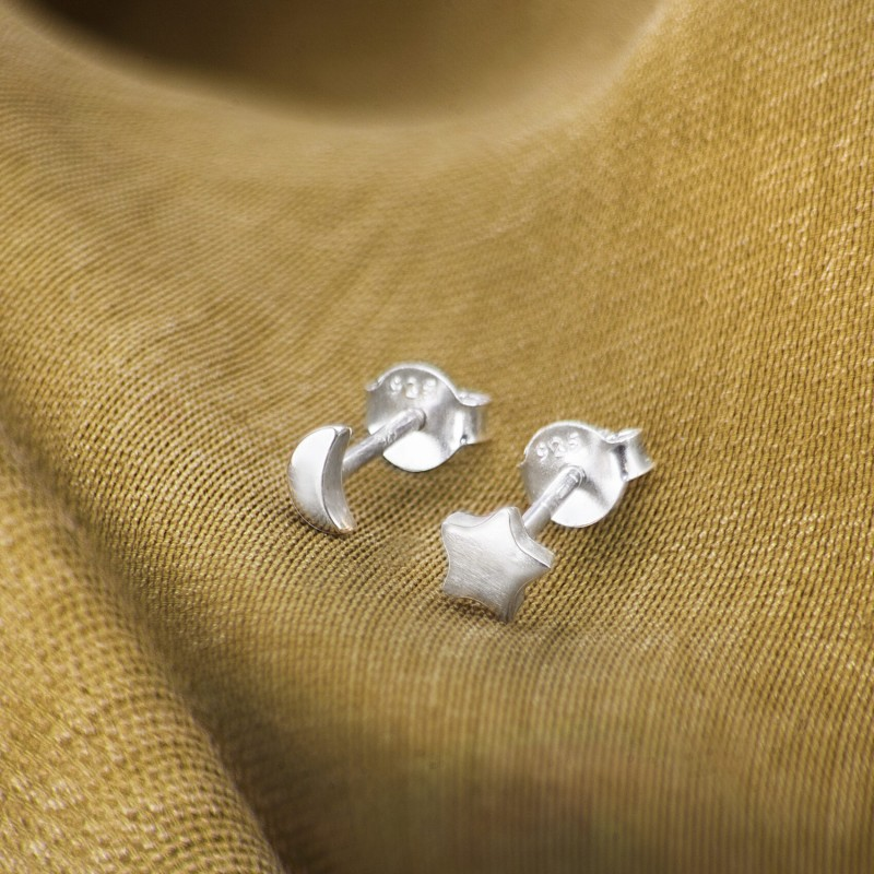 Moon and Star Stud Earrings in Sterling Silver 2