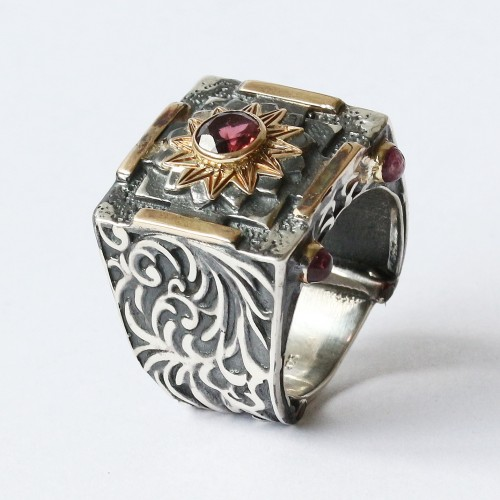 Mystic Royal Mandala Ring with Faceted Pink Tourmaline