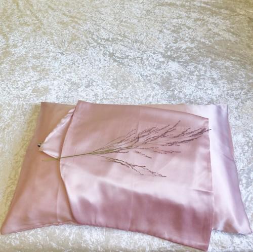 Pink Queen Envelope Pillowcase