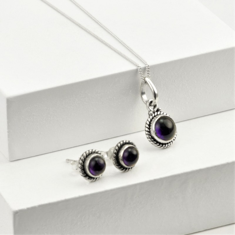Round Amethyst Jewellery Set in Sterling Silver