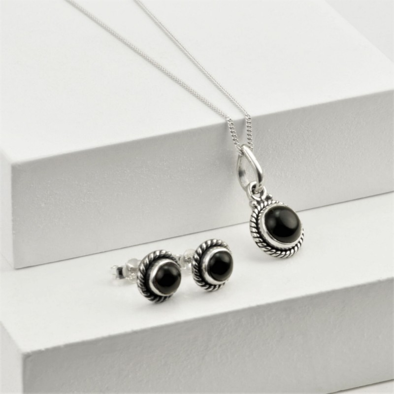 Round Black Onyx Jewellery Set in Sterling Silver