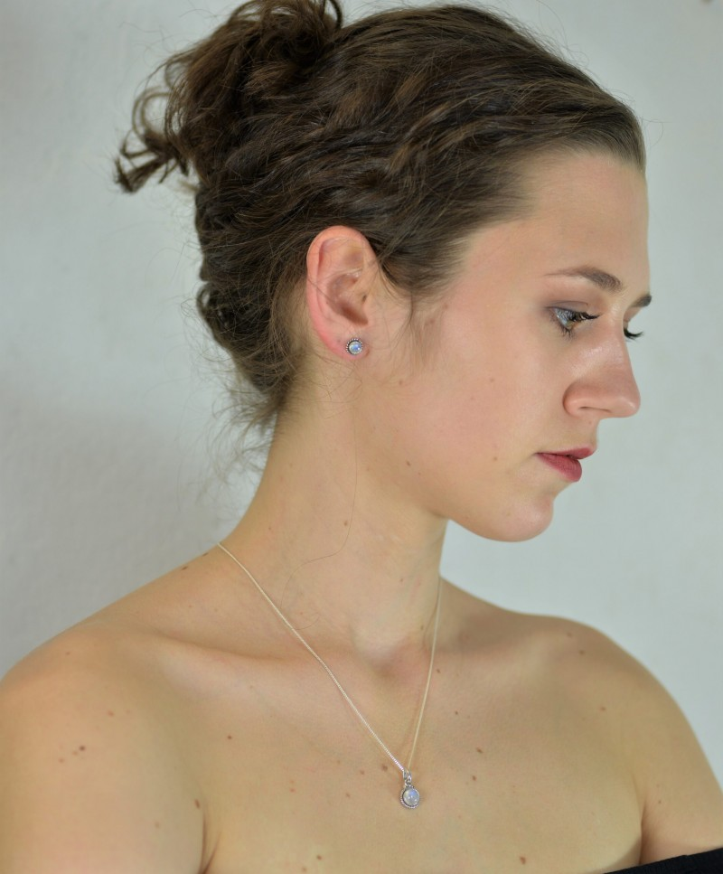 Round Moonstone Jewellery Set in Sterling Silver 2