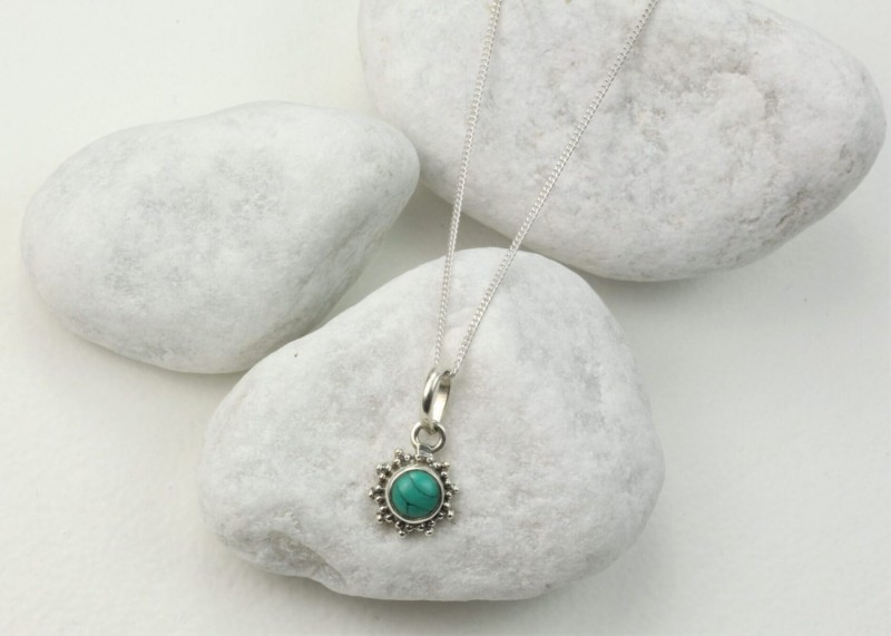 Star Motif Pendant Necklace with Turquoise in Sterling Silver