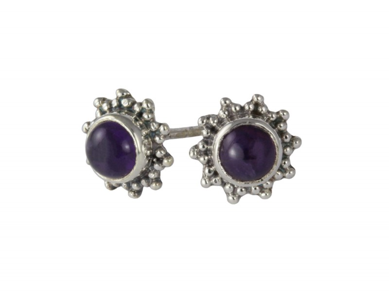 Star Motif Stud Earrings with Amethyst in Sterling Silver