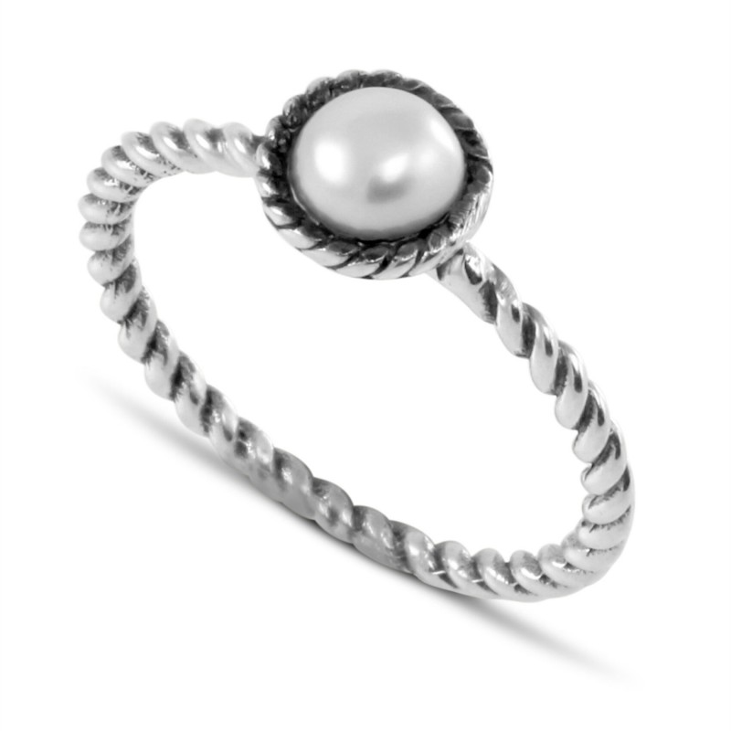 Stunning Twisted Rope Freshwater Pearl Ring in Sterling Silver