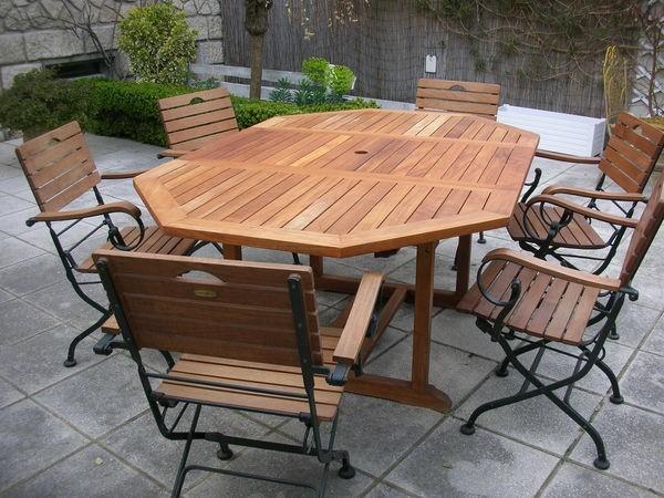 Table de jardin + 6 chaises