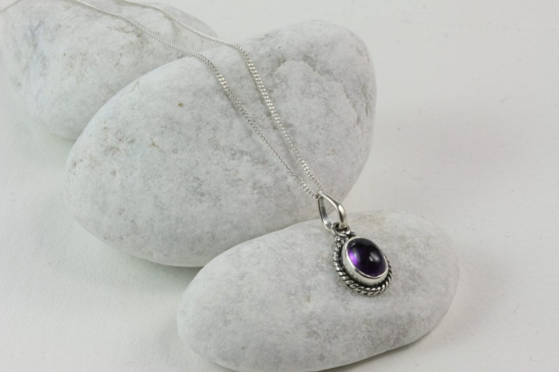 Twisted Wire Oval Pendant Necklace with Amethyst in Sterling Silver