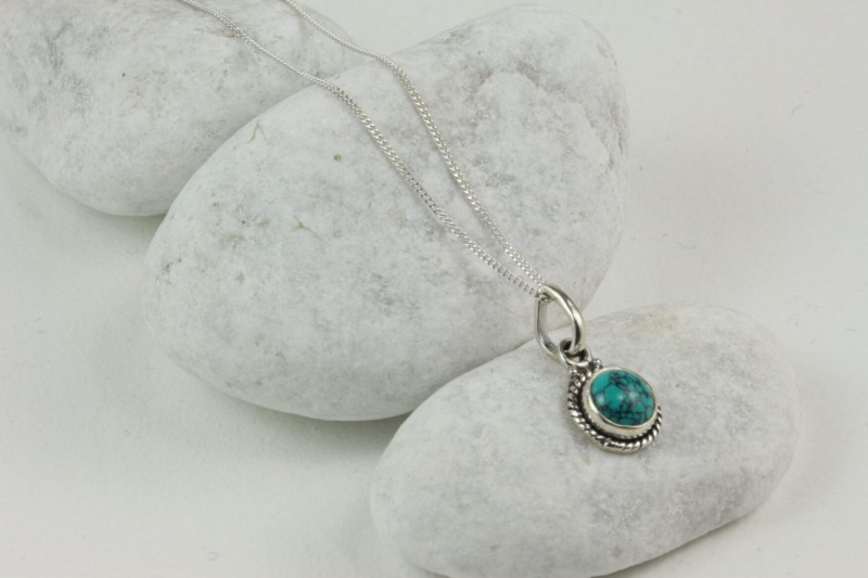 Twisted Wire Round Pendant Necklace with Turquoise in Sterling Silver